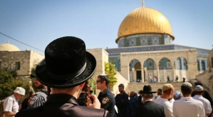 82 colons prennent d'assaut la mosquée Al-Aqsa